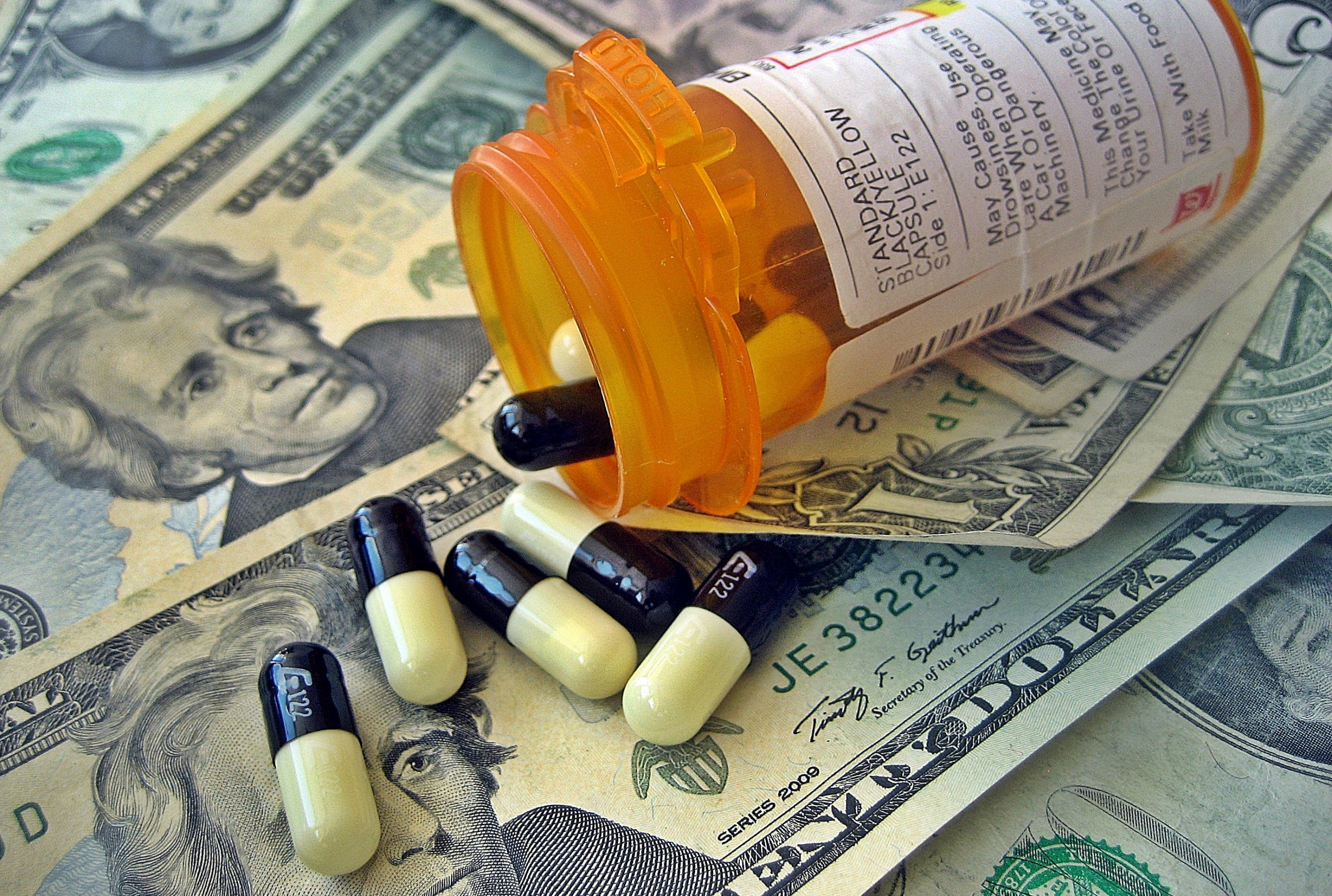 DRUG DISCOUNTING TO INSURERS SOARS FROM 28% TO 41% IN 5 YEARS, WITH NO END IN SIGHT